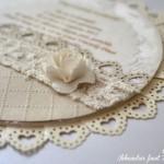 rocno-delo-unikat-vabilo-poroka-vintage-vrtnice-eleganca-šampanjec-bela-detajl
