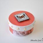 ročno-delo-škatlica-darilo-metuljčki
