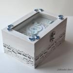 Mini knjiga Metuljčki za rojstni dan - v škatlici
