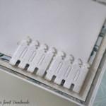 rocno-delo-unikat-voscilnica-posebna-knjiga-poroka-pticki-ograjica-srcki-turkizna-bela-vrtnice-detajl-2