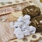 rocno-delo-unikat-voscilnica-posebna-knjiga-poroka-vrtnice-metuljcki-srcki-ljubezen-detajl-1