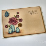 rocno-delo-unikat-voscilnica-lesena-posebna-dalija-cvetje-vaza-na-mizi-metuljcek-rojstni-dan
