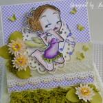 rocno-delo-unikat-voscilnica-posebna-darilo-satuljica-za-nakit-deklica-vila-cvetlicna-s-piscalko-zelena-vijolicna-voscilnica-detajl-lokvanj