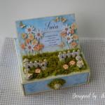 rocno-delo-unikat-voscilnica-posebna-darilo-satuljica-za-nakit-turkizna-modra-zelena-travnik-sreča-metuljčki-cvetlice