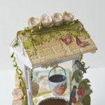 rocno-delo-unikat-voscilnica-darilo-skatlica-presenecenja-posebna-vodnja-zelja-ptice-metulji-vrt-cvetlice-vodnjak-detajl1