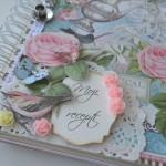 rocno-delo-unikat-knjiga-zvezek-za-recepte-cvetje-vrtnice-metulji-shabby-chic-swarovski-detajl2