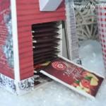 rocno-delo-unikat-darilo-darilna-škatlica-namizno-stojalo-za-čaj-čajnik-detajl-vrecke