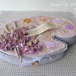 rocno-delo-unikat-voscilnica-darilna-skatlica-slikarska-paleta-vrtnice-ptice-barva-ljubezni-ljubezen-stranska