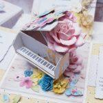 rocno-delo-unikat-voščilnica-škatlica-presenečenja-birma-piano-pisana-cvetlice-5