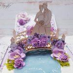 rocno-delo-unikat-voščilnica-škatlica-presenečenja-poroka-lila-sivka-vrtnice-mladoporočenca-most-4